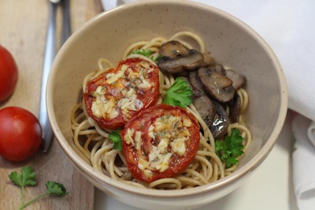 Pečená rajčata s česnekem a bylinkami