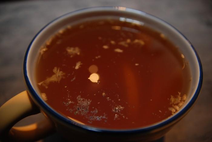 Nejle-pčí čaj na chřipku