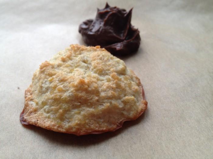 Zdravé mlsání pro děti – čokoládová pěna a kokosové makronky
