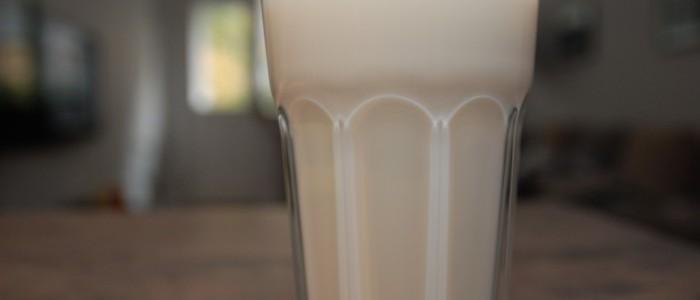 Kravské mléko – potřebujeme ho?